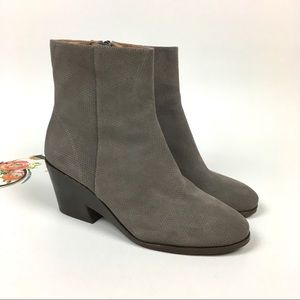 Gentle Souls by Kenneth Cole Blaise Wedge Boot 9.5